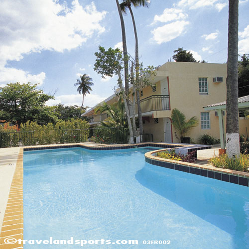 Costa de Oro Guest House