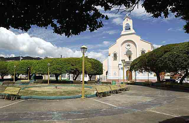 Plaza Adelina Cintron