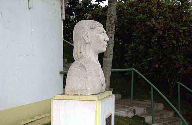 Monumento al Cacique Jayuya