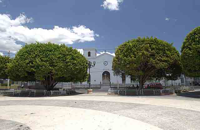 Plaza de Los Fundadores de Santa Isabel