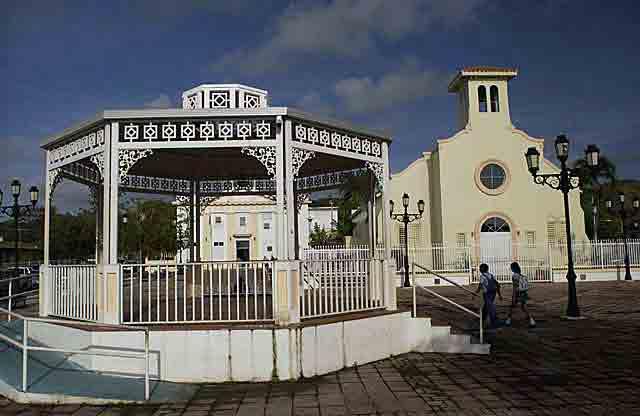 Plaza Felisa Rincon de Gautier