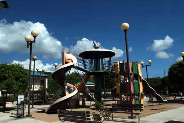 Parque Infantil Julio Rojas Reyes