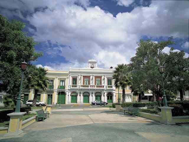Plaza Roman Baldorioty de Castro