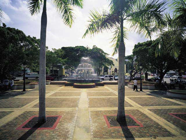 Plaza de Recreo Rafael Hernandez