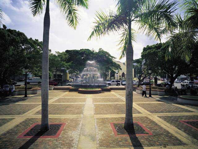 Plaza de Recreo Rafael Hernandez