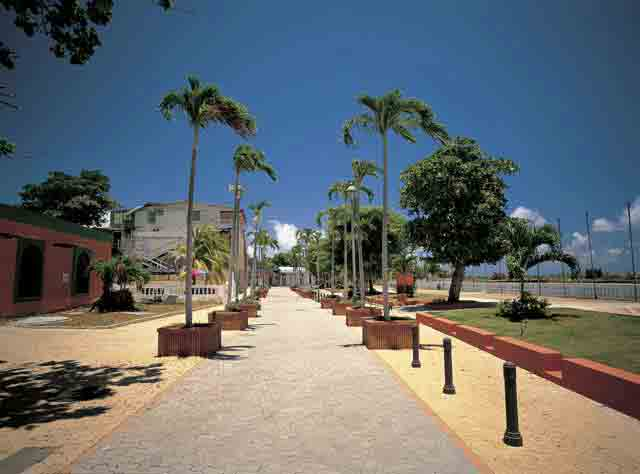 Paseo Las Americas &#40;El Malecon&#41;