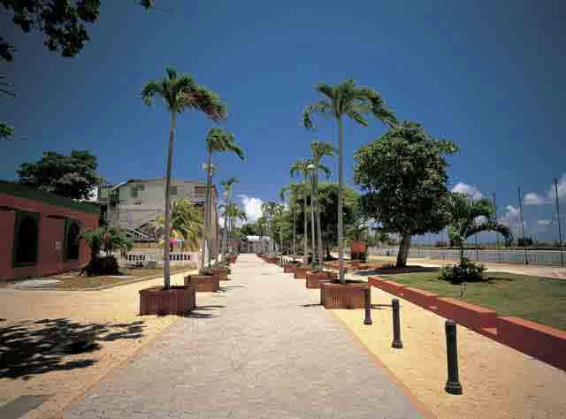 Paseo Las Americas (El Malecon)
