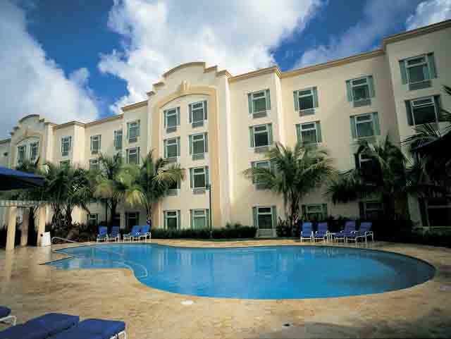 Caguas Real Hampton Inn & Suites