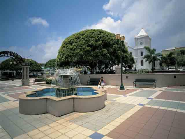 Plaza Ruiz Belvis
